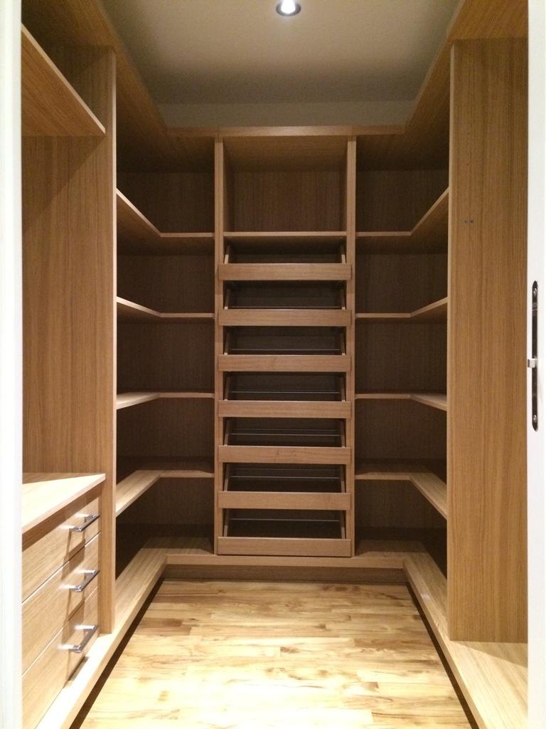 Parete attrezzata per cabina armadio le migliori idee for Le migliori cabine per grandi orsi
